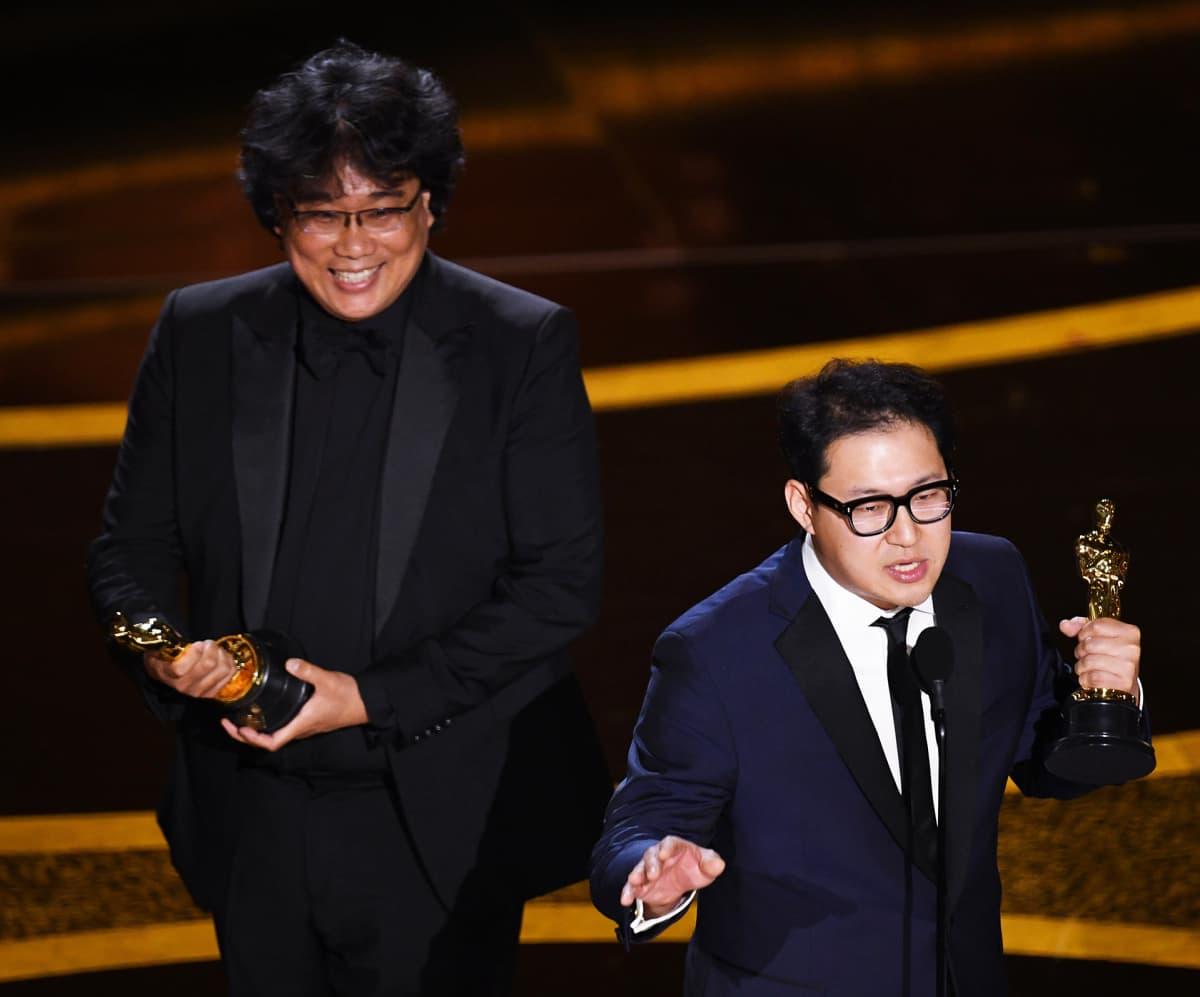 Parhaasta käsikirjoituksesta palkittiin  Bong Joon Ho ja Han Jin Won elokuvasta Parasite.