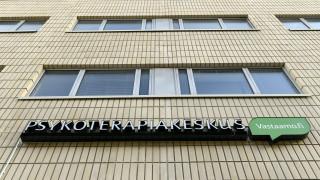 Видео: KRP:n tiedotustilaisuus Psykoterapiakeskus Vastaamon tietomurrosta