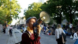 Video: Elokapina-mielenosoittajat poistuivat Mannerheimintieltä