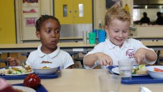 Audio: Maksuton kouluruoka - harvinainen herkku