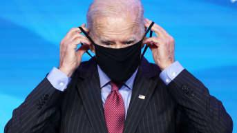 Joe Biden ja korona - miten epidemia taltutetaan?