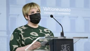 Kulttuuriministeri Saarikon kommentti yleisötilaisuuksien järjestämisestä