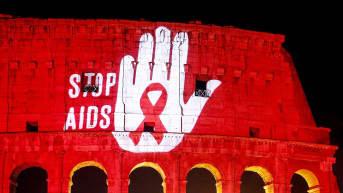 Maailman AIDS-päivää vietetään roomassa.