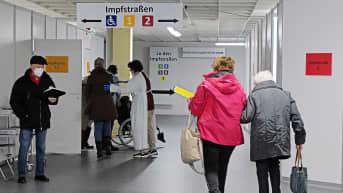 Rokotuskeskus Giessenissä Saksassa.
