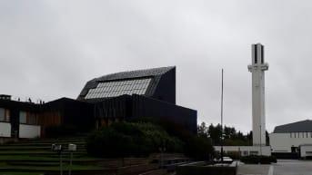 Aalto-keskuksessa ovat Alvar Aallon suunnittelema kaupungintalo ja Lakeuden Risti -kirkko.