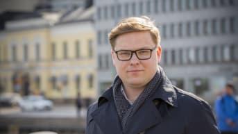 Kaupunginvaltuutettu Daniel Sazonov, Helsinki, Kokoomus.