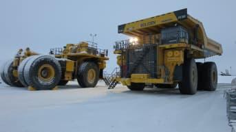 Kevitsan kaivokselle on hankittu uusia valtavan kokoisia kaivosautoja