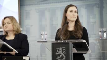 Ylen erikoislähetys: Otetaanko valmiuslaki taas käyttöön? Sanna Marin ja Krista Kiuru kertovat hallituksen koronaneuvotteluiden tuloksista
