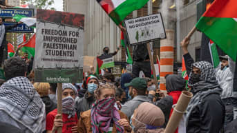 Pro-Palestiina mielenosoittajia New Yorkissa.