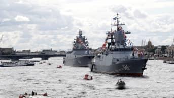 Venäjän laivaston kaksi alusta.