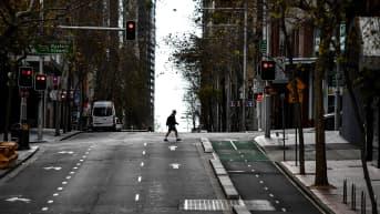 Sydneyn kadut tyhjillään koronarajoitusten vuoksi.