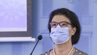 STM:n strategiajohtaja Liisa-Maria Voipio-Pulkin mukaan kahdesti rokotetut ovat hyvin suojassa tautia vastaan