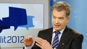 Aamu-tv:n ja Ykkösaamun presidentinvaalitenteistä viimeisessä Annika Damströmin ja Sakari Kilpelän tentattavana oli Sauli Niinistö.