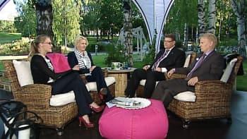 Vieraina Mia-Petra Kumpula-Natri (SDP), Timo Soini (PS), sekä Kimmo Tiilikainen (Kesk.).