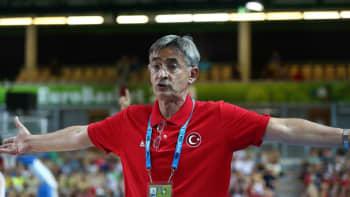 Turkin päävalmentaja Bogdan Tanjevic