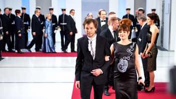 Sarjakuvataiteilija Ville Ranta ja puolisonsa Rebekka Naatus.