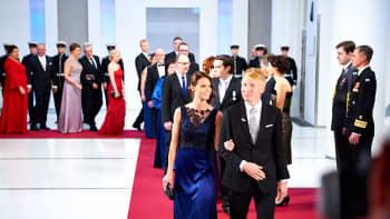 Suunnistuksen maailmanmestari Mårten Boström ja vaimo Matleena Boström.