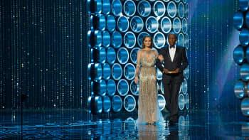 Angelina Jolie ja Sidney Poitier.