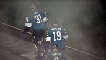 Sharks Kings Antti Niemi