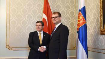 Pääministeri Juha Sipilä ja Turkin pääministeri Ahmet Davutoğlu.
