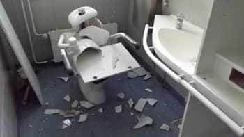 Mäntylän sairaalan rikottu wc