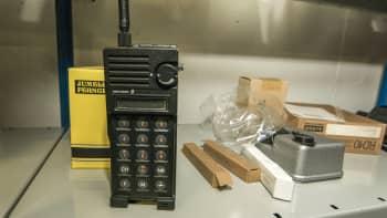 väestönsuojatarvikehuutokauppa kuopio vss-varasto katastrofi valmistautuminen selviytyminen radiopuhelin