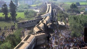 Kahden junan törmäyksessä Alexandriass 11. elokuuta sai surmansa 41 henkeä ja useita loukkaantui.