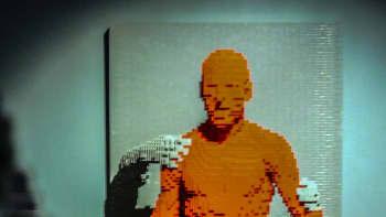 Nathan Sawaya, Art of the Brick, lego, Grasp
