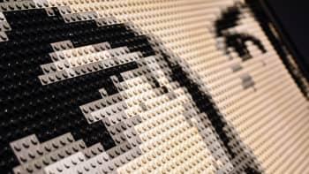Nathan Sawaya, Art of the Brick, lego, Bob Dylan