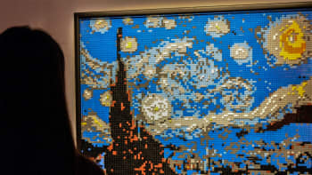 Nathan Sawaya, Vincent van Gogh, Tähtikirkas yö