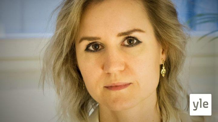 Kirjailija Sisko Savonlahti käsittelee hauskasti ja ironisesti aikamme masentavia paineita