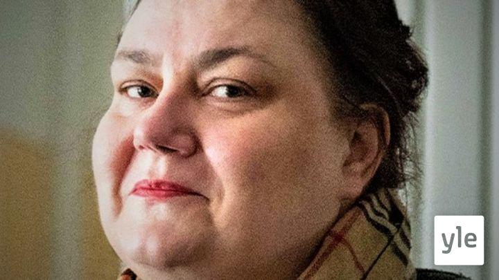 Maanantaivieraana teatteriohjaaja Susanna Kuparinen