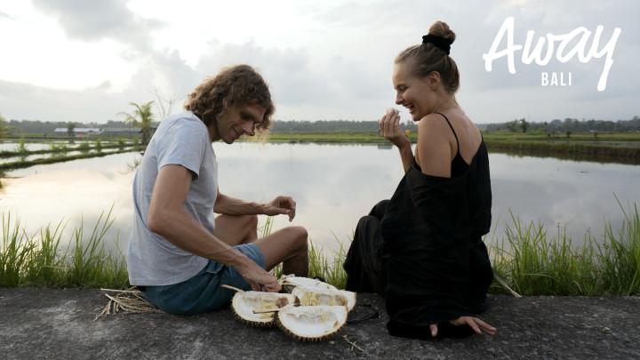 Tiiun päivä: Haisuli-hedelmän syöminen on kuin rakastelua.: 14.11.2018 07.00
