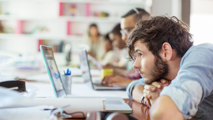 Huono työmuisti ja hahmotushäiriö voivat olla oppimisvaikeuksien taustalla