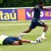 Brasilian Fred loukkaantui joukkuekaveri Casemiron taklauksessa.