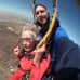 Eteläafrikkalainen Georgina Harwood hyppäsi laskuvarjohypyn satavuotispäivänsä kunniaksi