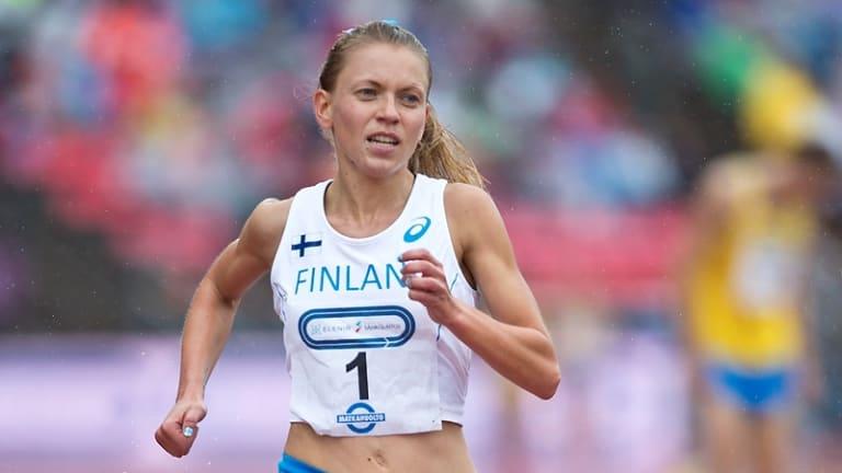 Suomi saa Ruotsilta selkäsaunan miesten paperimaaottelussa, naiset panevat kampoihin ...