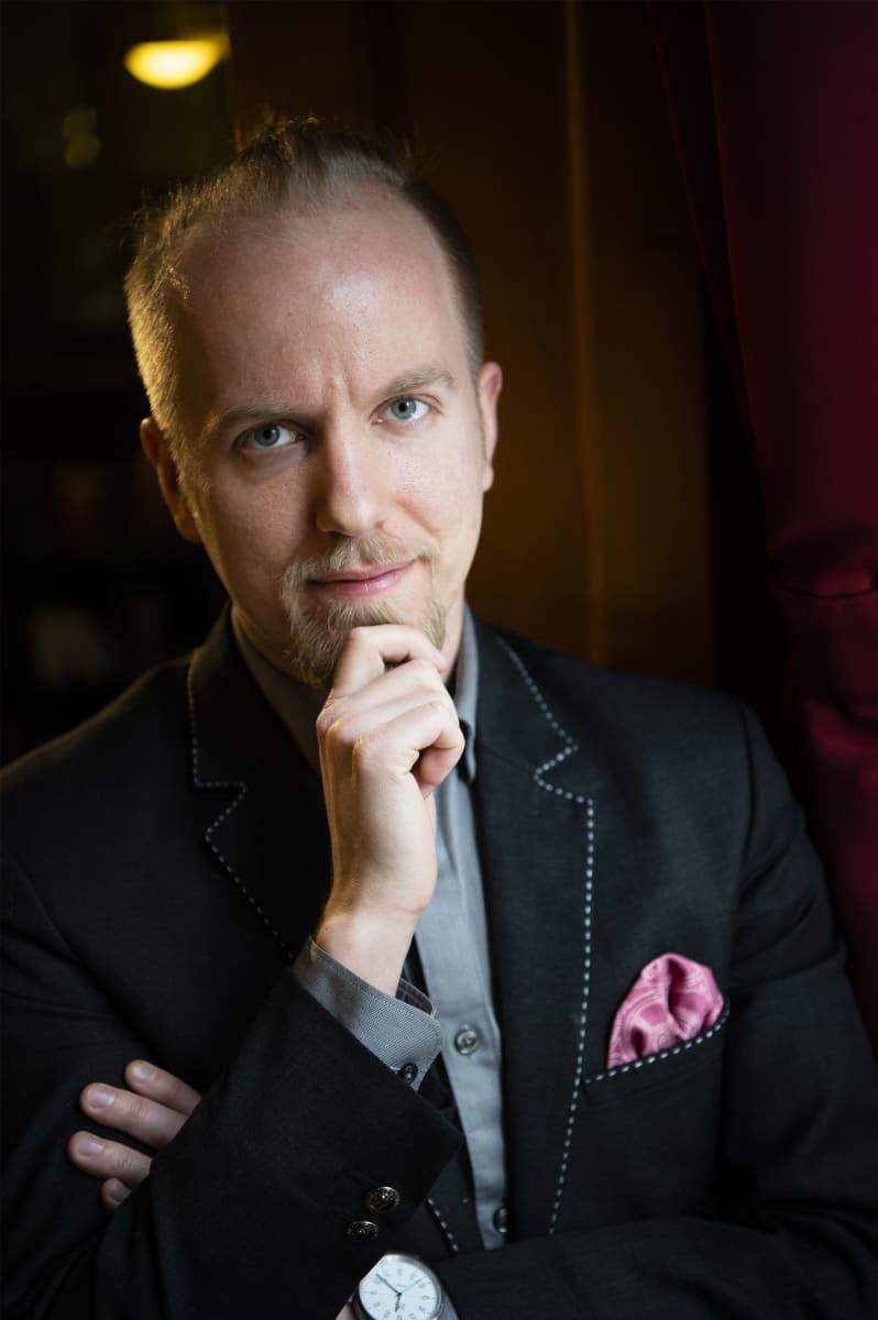 Jussi Lehmus, tietokirjailija Salaista sotaa -kirjan kirjoittaja.