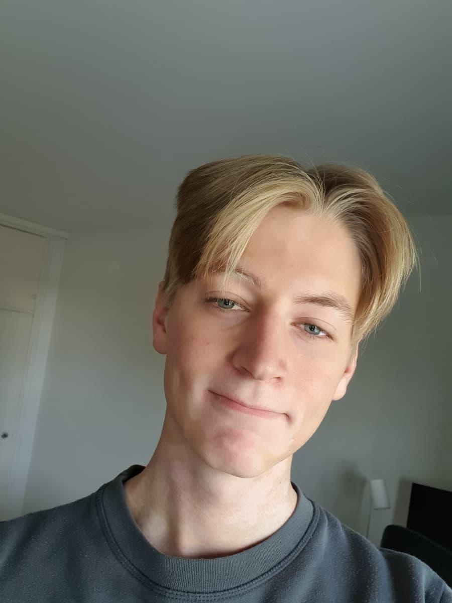 Risto Heinon ottama selfie itsestään.