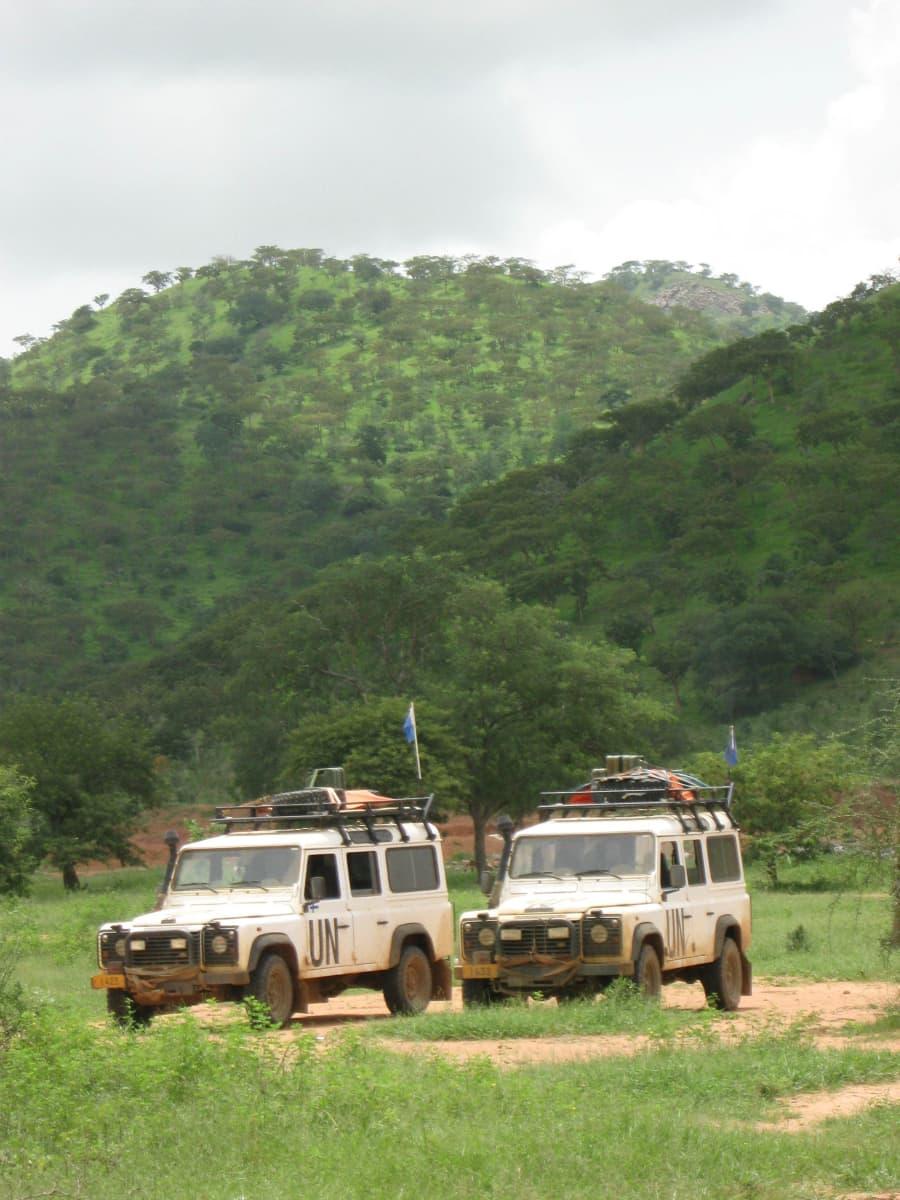 YK:n autoja Tšadissa.