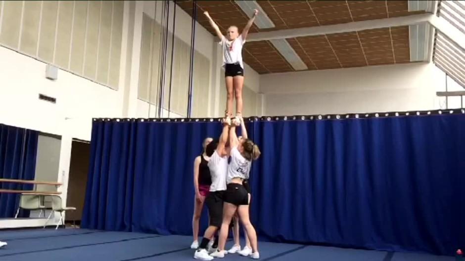 Cheerleader suku puoli videot