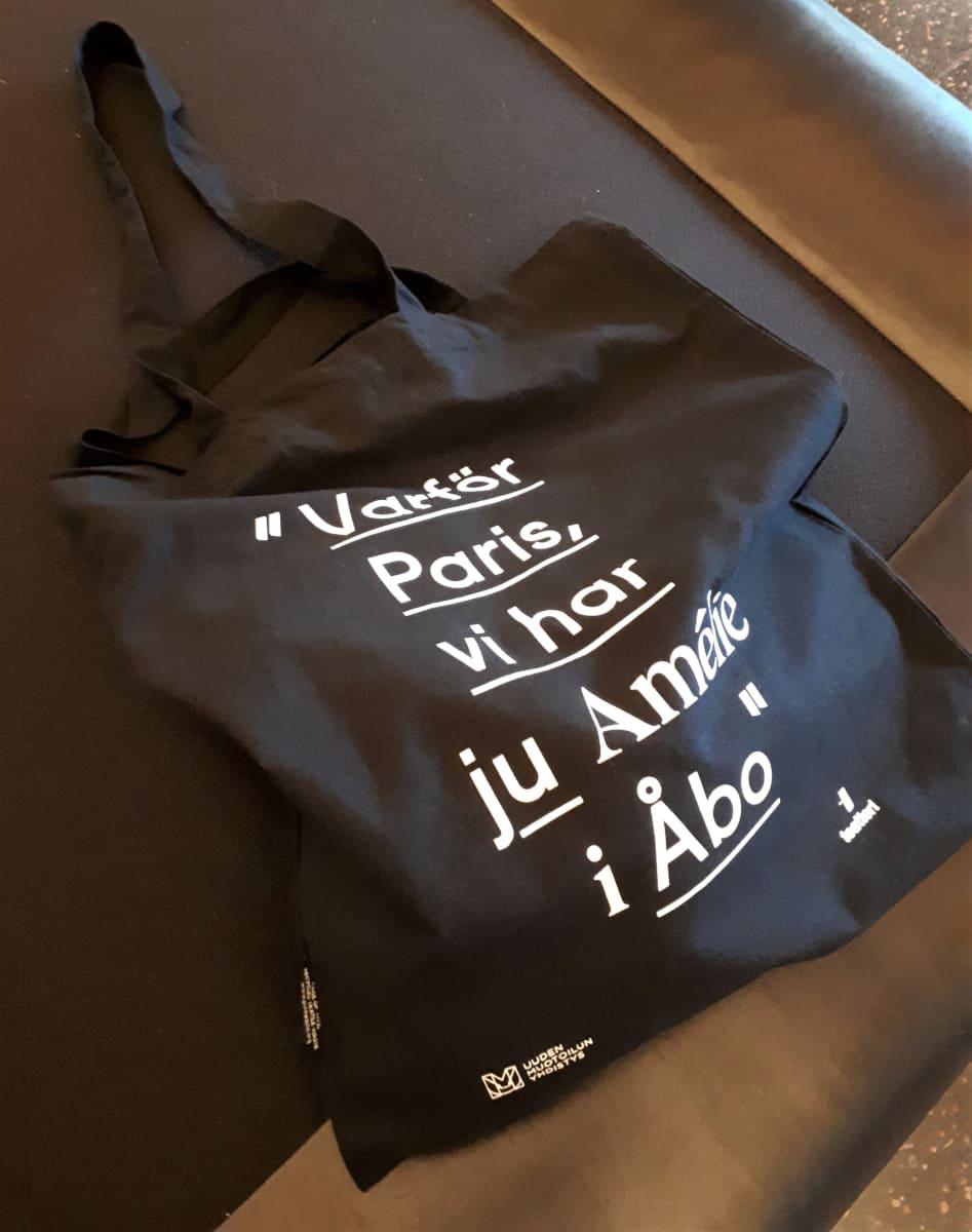 """""""Varför Paris, vi har ju Amélie i Åbo"""""""