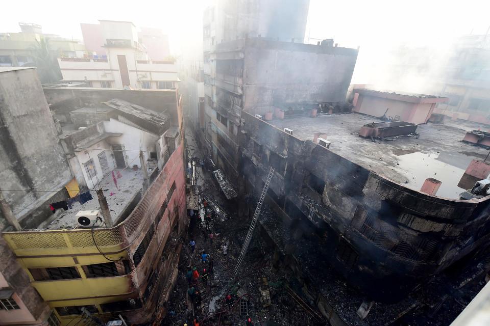 Tulipalossa tuhoutunut rakennus.