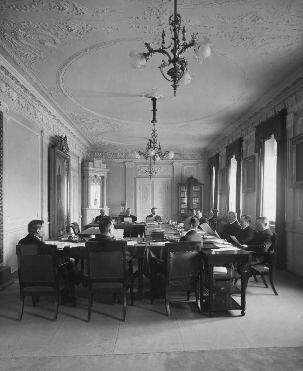 Tokoin senaatin talousosaston istunto 1917.